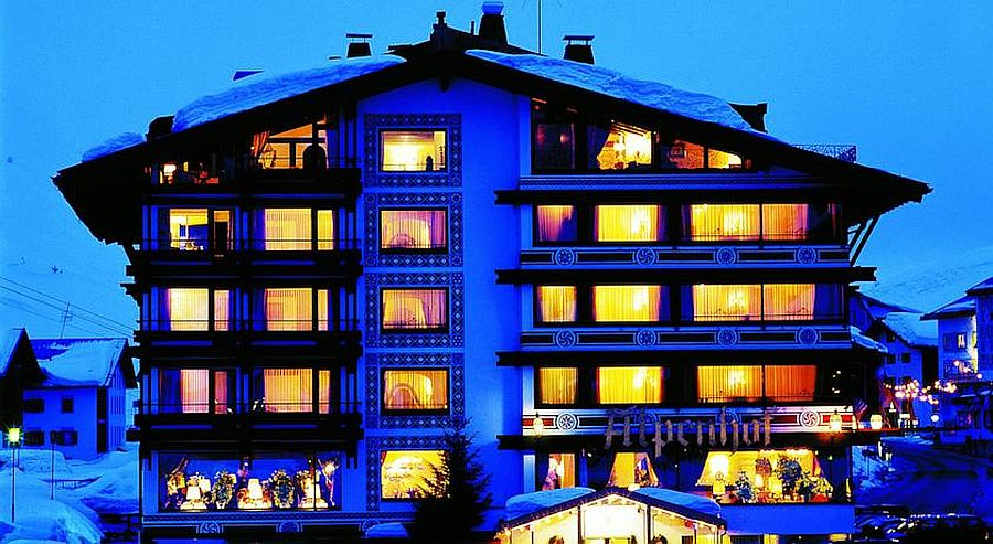 Magical-ski-slopes-and-cozy-luxury-at-Thurnhers-Alpenhof