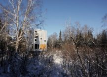 Pole House in Canada next to Lake Winnipeg 217x155 Pole House: an Idyllic Winter Escape That Stands on Recycled Gas Pipes