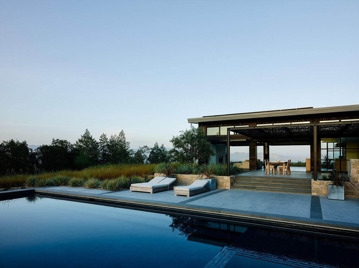 Refreshing pool and outdoor hangout becomes a part of the interior