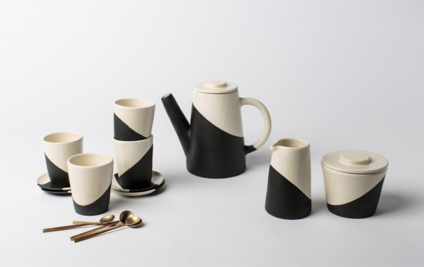 Shift Porcelain from Apparatus