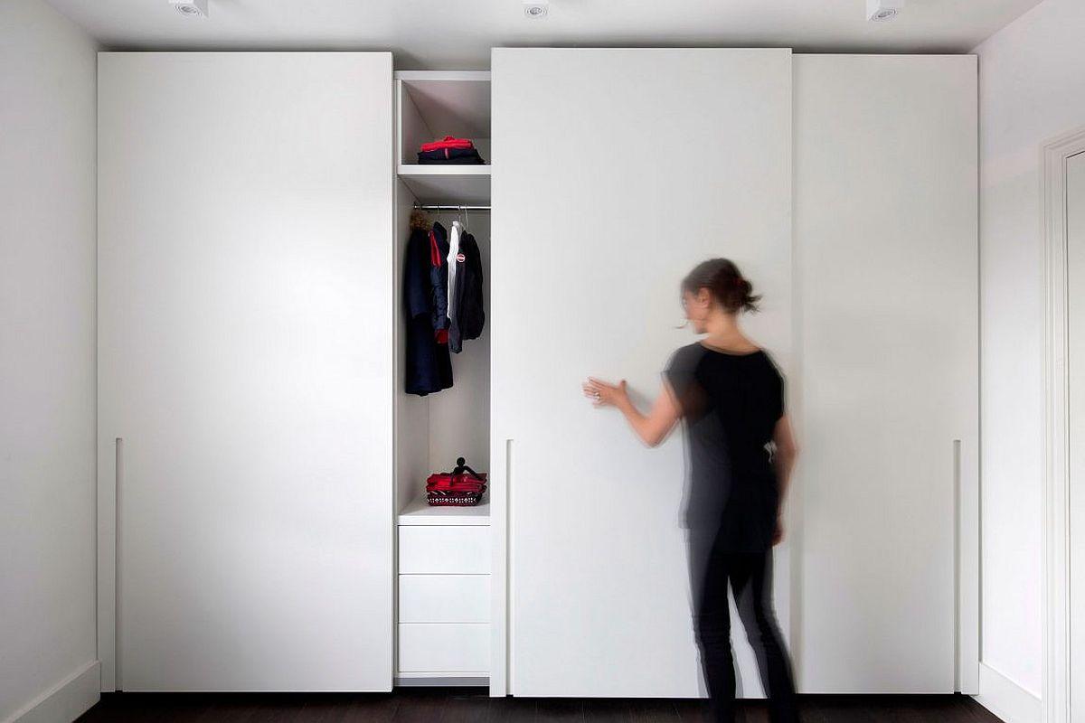 Sliding doors for the bedroom wardrobe