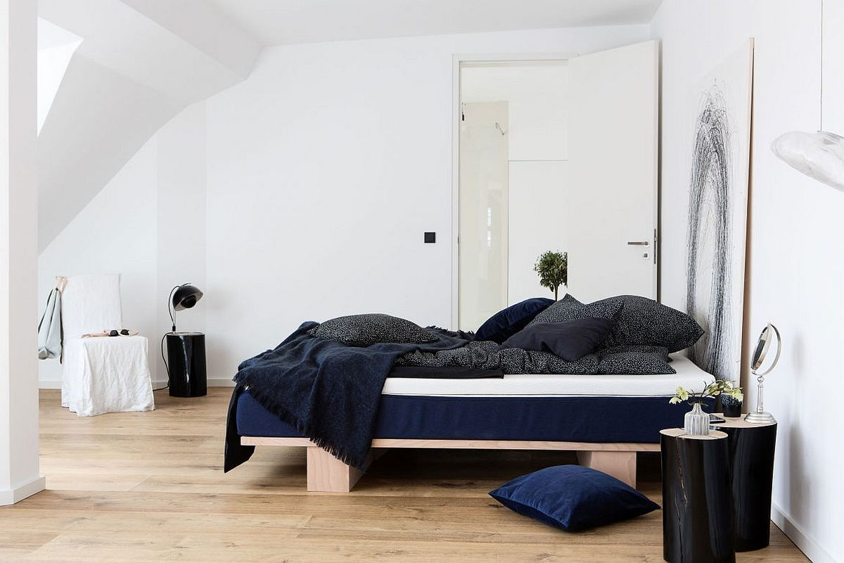 Small loft bedroom with a minimal chic style