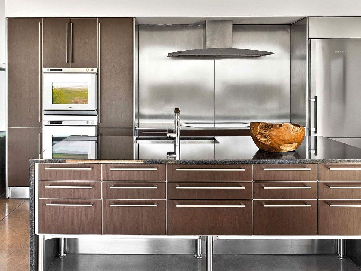 Stainless steel metallic glint to the modern kitchen