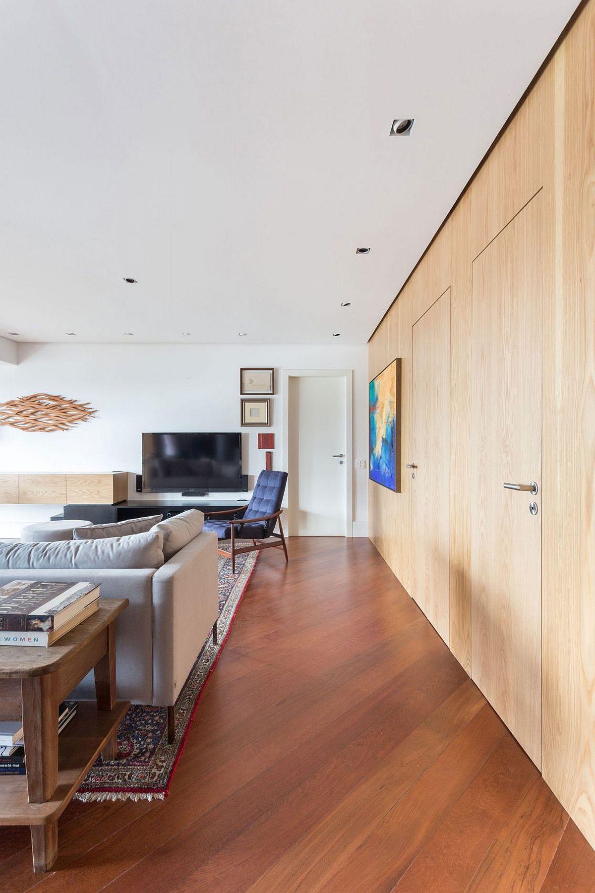 Stylish and elegant Collector's Apartment in Porto Alegre, Brazil