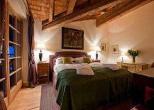 Three-different-luxury-apartments-make-up-the-stunning-Chalet-Austria-217x155
