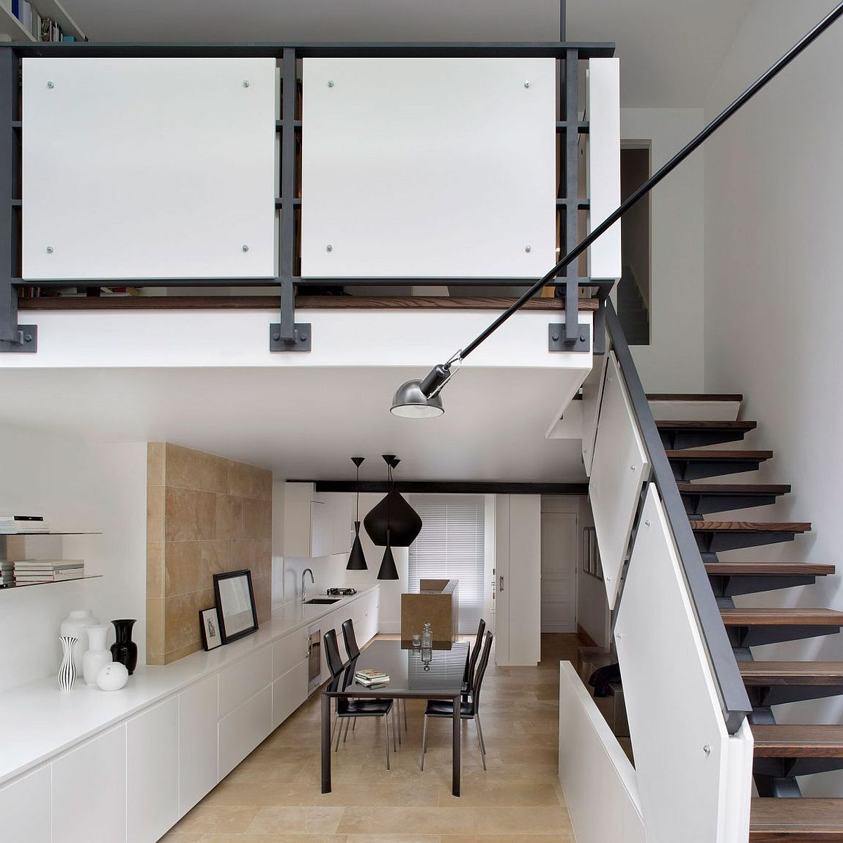 Tom Dixon pendant lights in black for the dining room