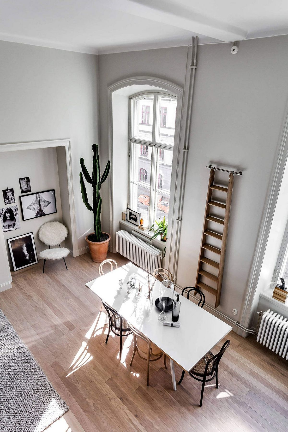 Modern Classic Interior Design: Stylishly Scandinavian: Gorgeous Contemporary Apartment In