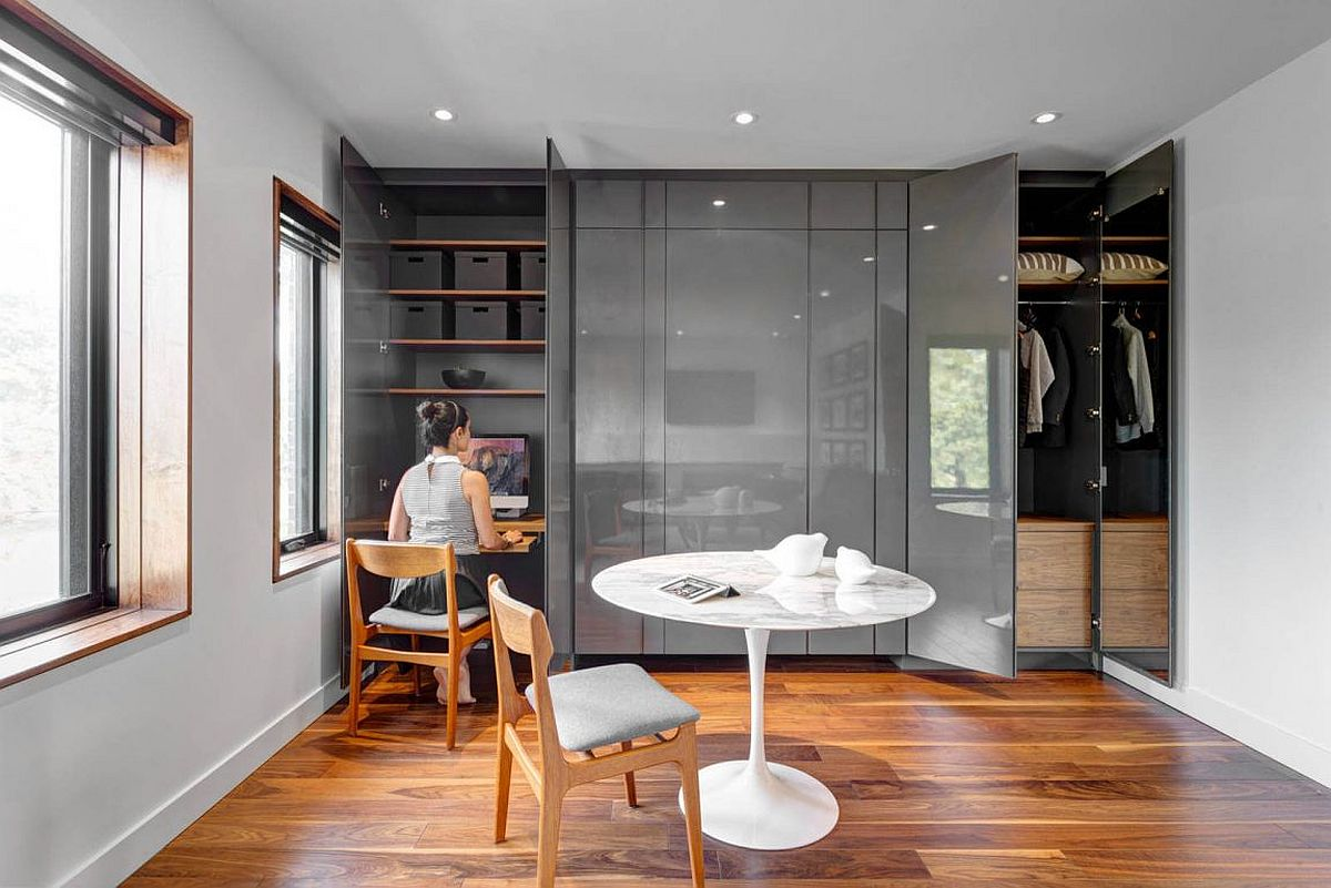 Wardrobe reveals a cool home workspace