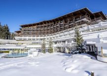 Winter-at-its-majestic-best-at-the-Krumers-Alpin-Resort-and-Spa-217x155