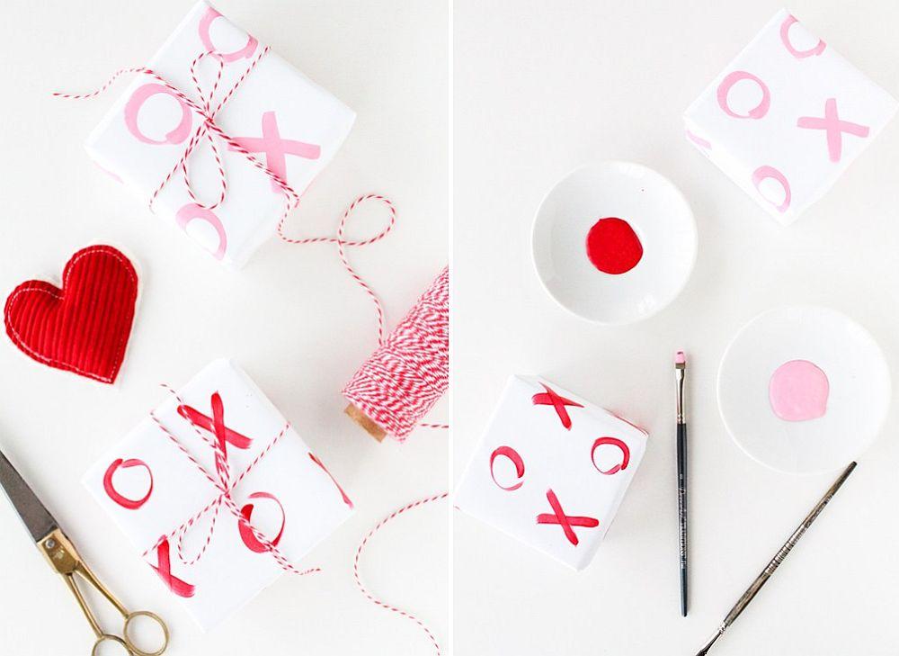 Beautiful DIY XO Gift Wrap