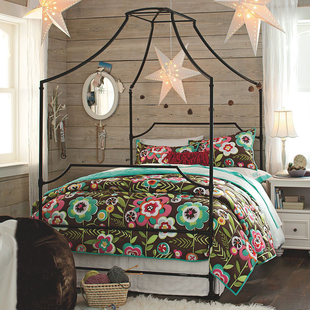 Excellent Bohemian Bedroom Inspiration Four Poster Beds With Boho Chic  Vibes With Four Poster Bed Without Canopy.