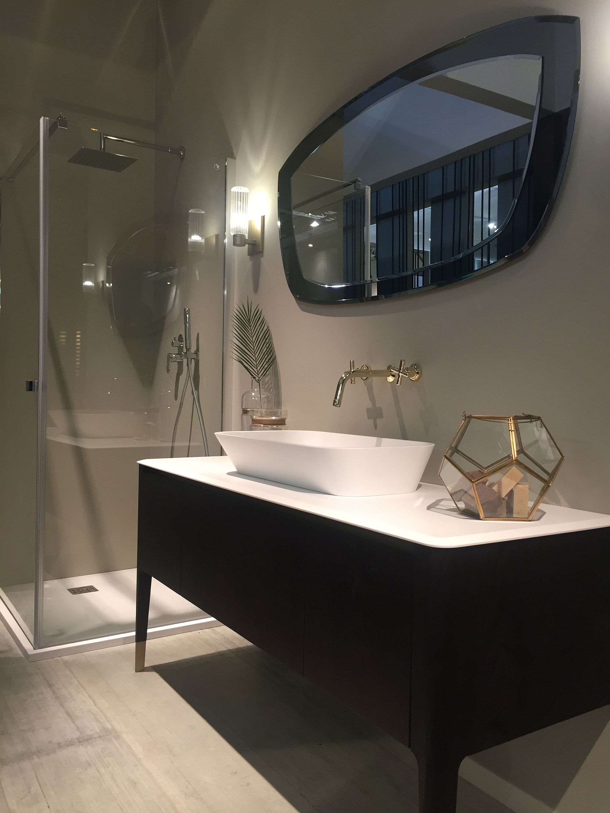 Reflection Of Style 20 Dashing Mirrors To Complete Your Dream Bathroom