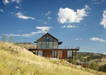 Gabled-form-of-the-top-level-gives-the-Boulder-home-its-unique-look-217x155