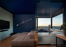 Glass-walls-block-out-sound-while-offering-stunning-city-skyline-views-217x155