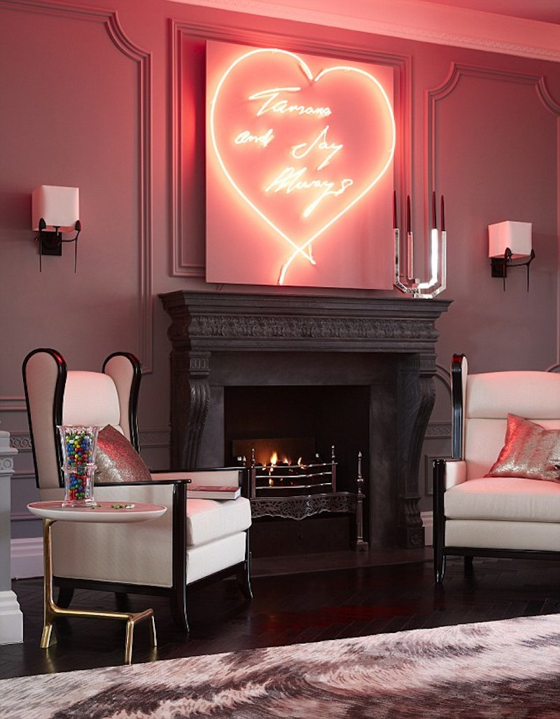Glowing red neon sign creating a passionate atmosphere