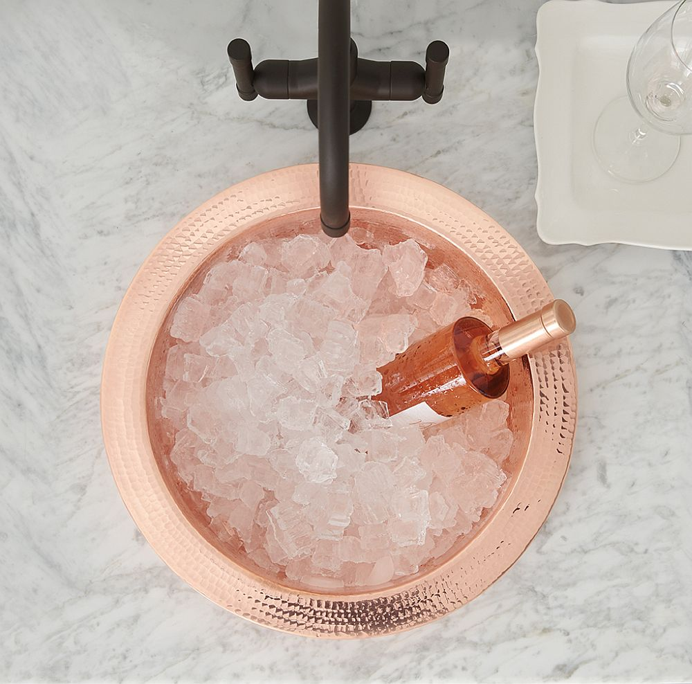 Hammered-Copper-Bar-Prep-Sink-for-the-cool-Home-Bar