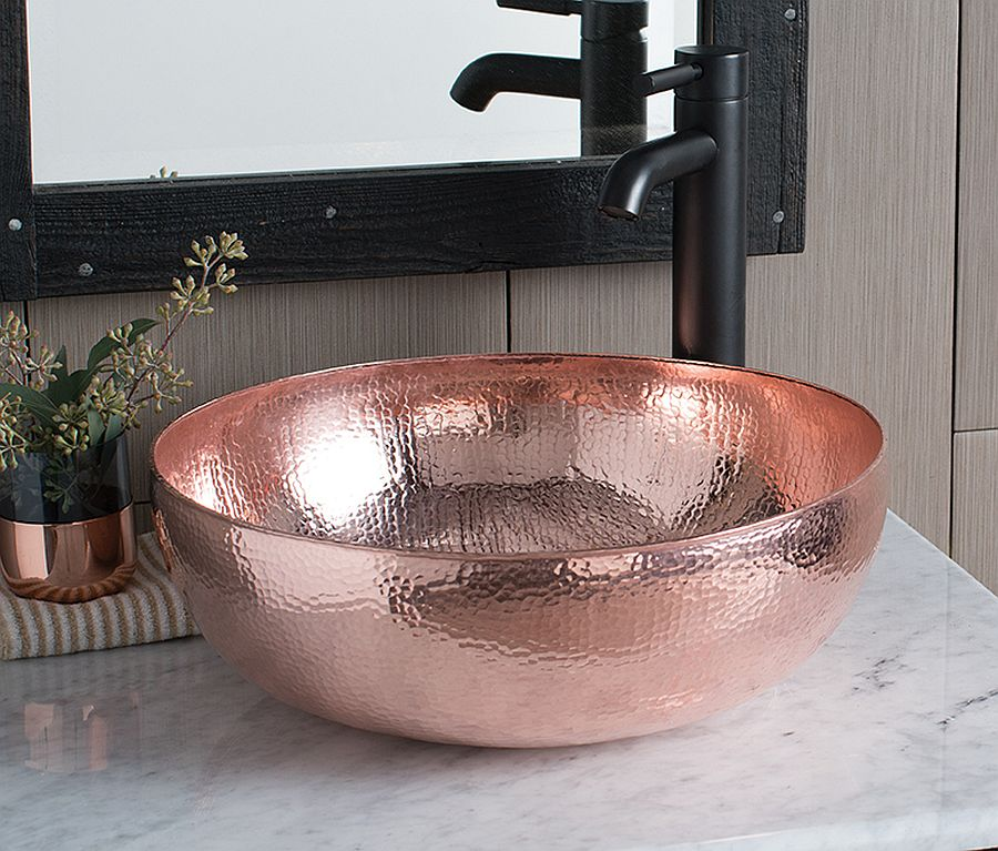 Hammered-Copper-variant-of-the-fabulous-Maestro-Sink-adds-metallic-sheen-to-the-bathroom