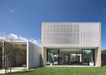 Hiding House in Sydney Australia with a inviting modern vibe 217x155 Hiding House: Confluence of Concrete, Timber and White Stained Cladding