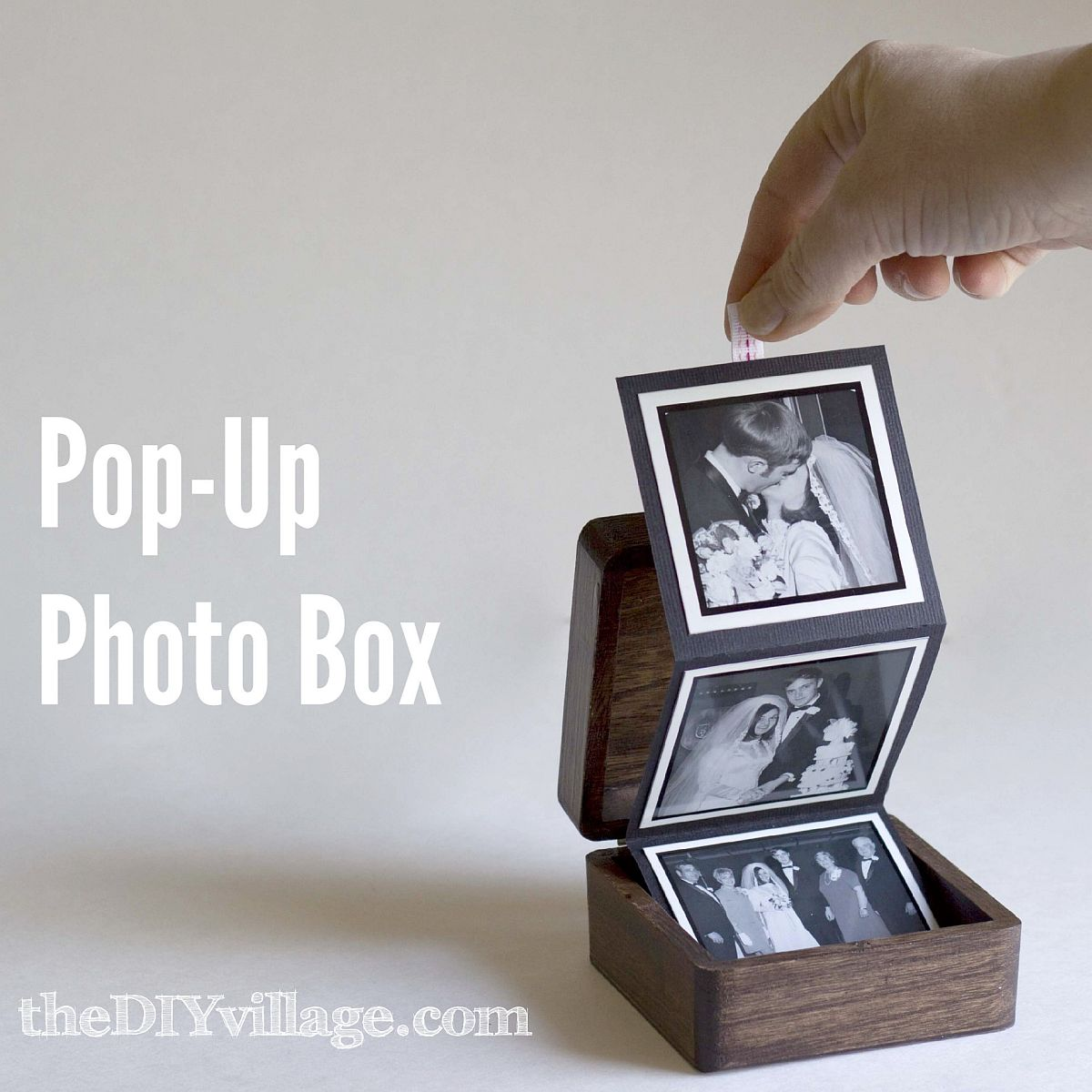 Lovely Pop-Up Photo Box for Valentine's Day