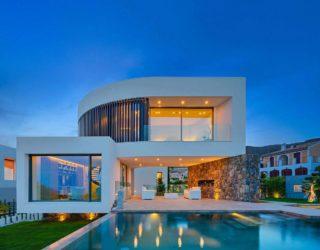 Casa Finestrat: Contemporary Spanish Home with Chic Mediterranean Charm
