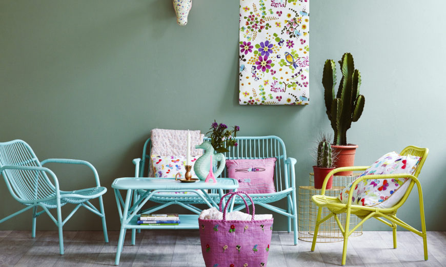 Fresh and Pas Style Your Living Room In Mint Hues