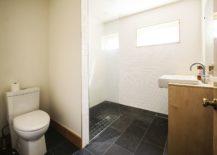 Modern-bathroom-and-corner-shower-area-217x155