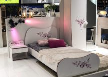 Modern-kids-bedroom-idea-for-the-little-girl-with-nightstand-bed-and-wardrobe-that-match-217x155