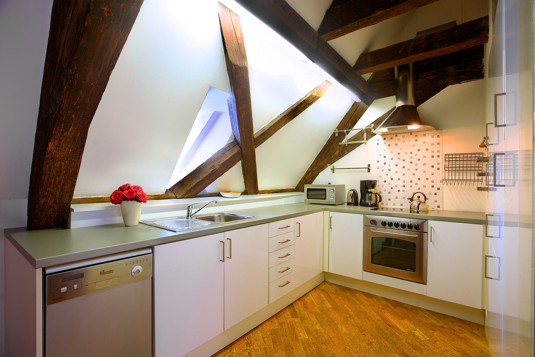 Attic Kitchen Comfortable And Cozy 30 Attic Apartment Inspirations