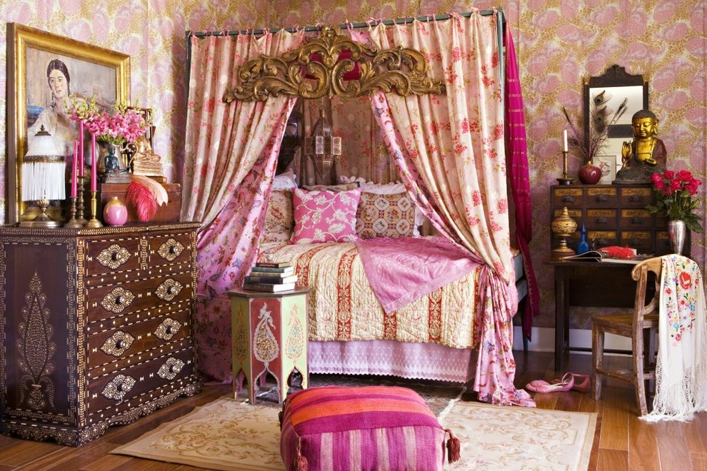 Bohemian Chic Bedroom bohemian bedroom inspiration: four poster beds with boho chic