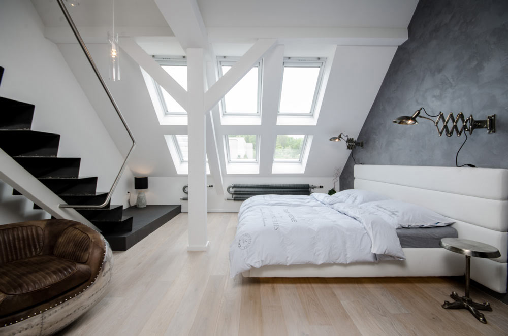 Attic Bedrooms Full of Natural Light & Comfortable and Cozy: 30 Attic Apartment Inspirations