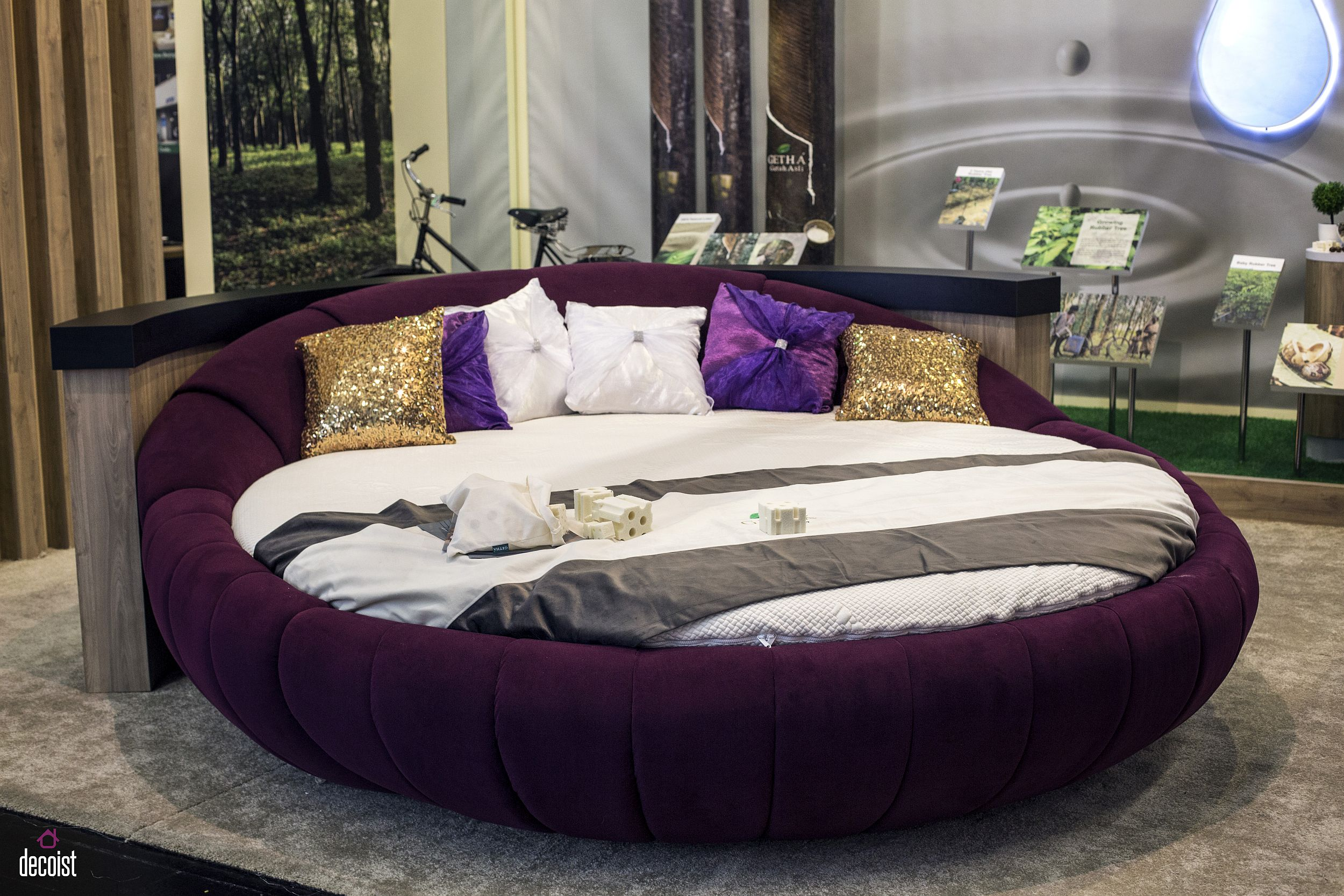 Round-daybed-in-bright-purple-for-those-who-wnat-to-move-away-from-the-mundane