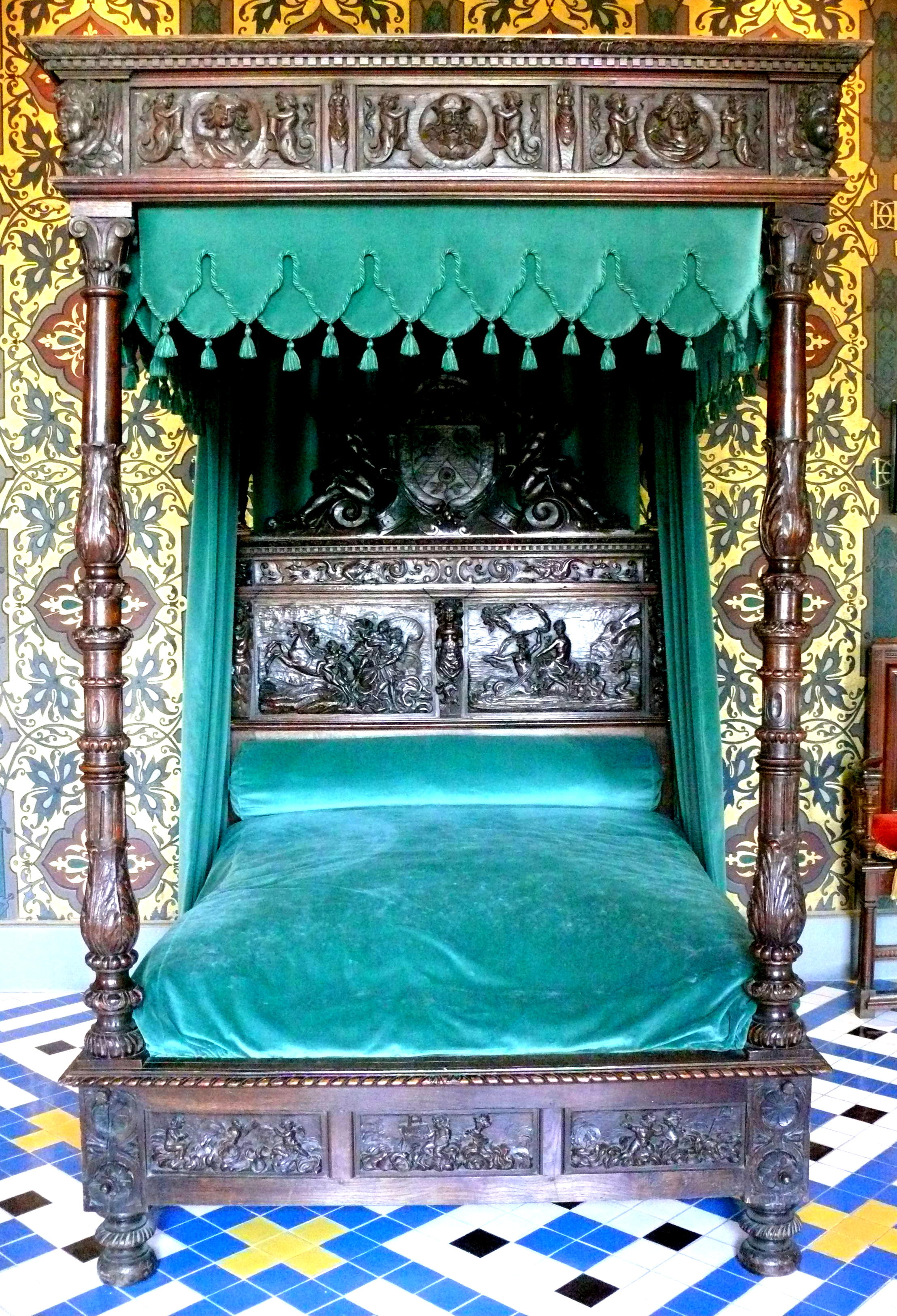Rustic and vibrantly turquoise four poster bed