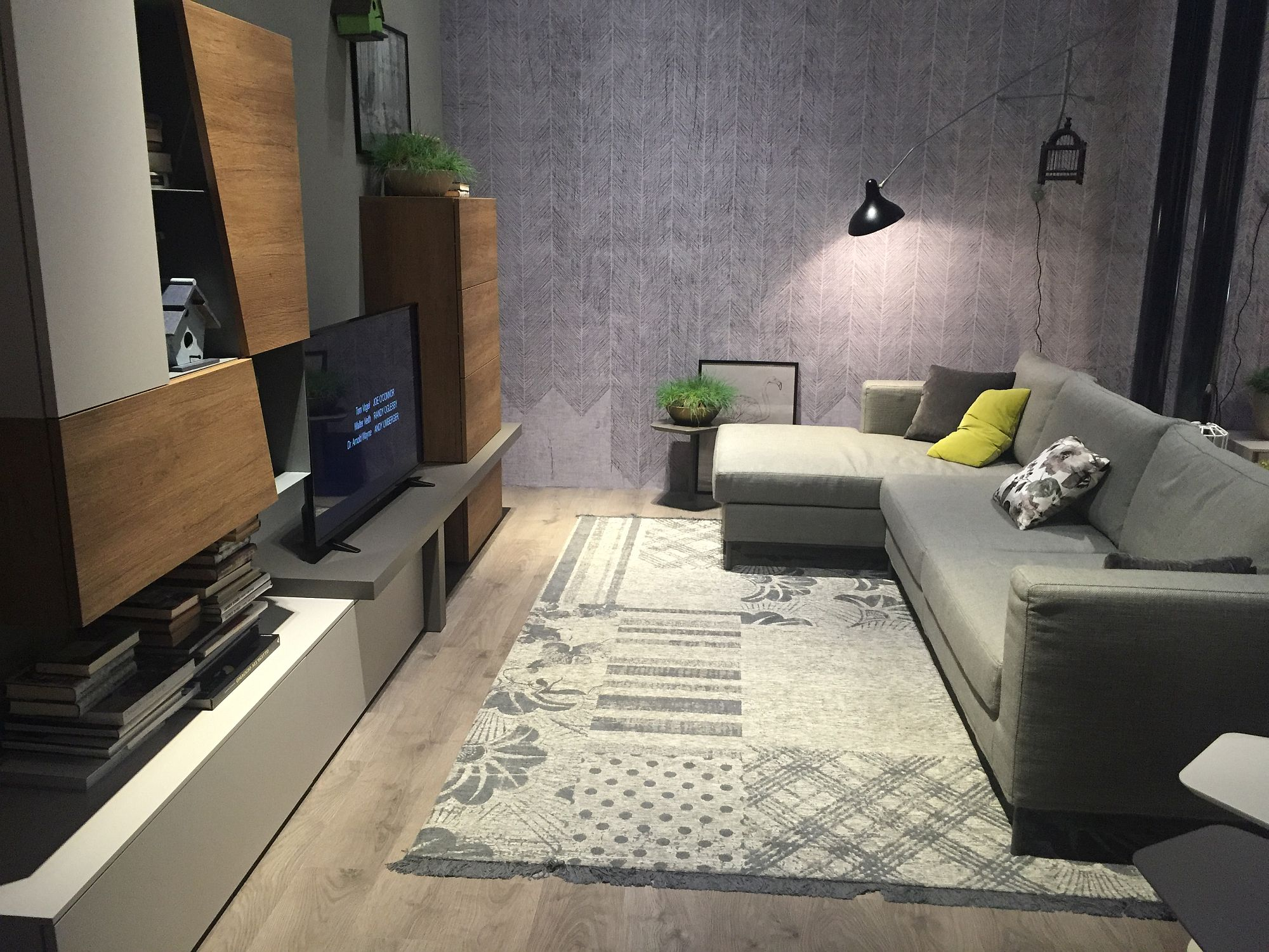 Of Small Living Room Decorating Maximize Space And Style 25 Smart And Trendy Living Room Daccor Ideas