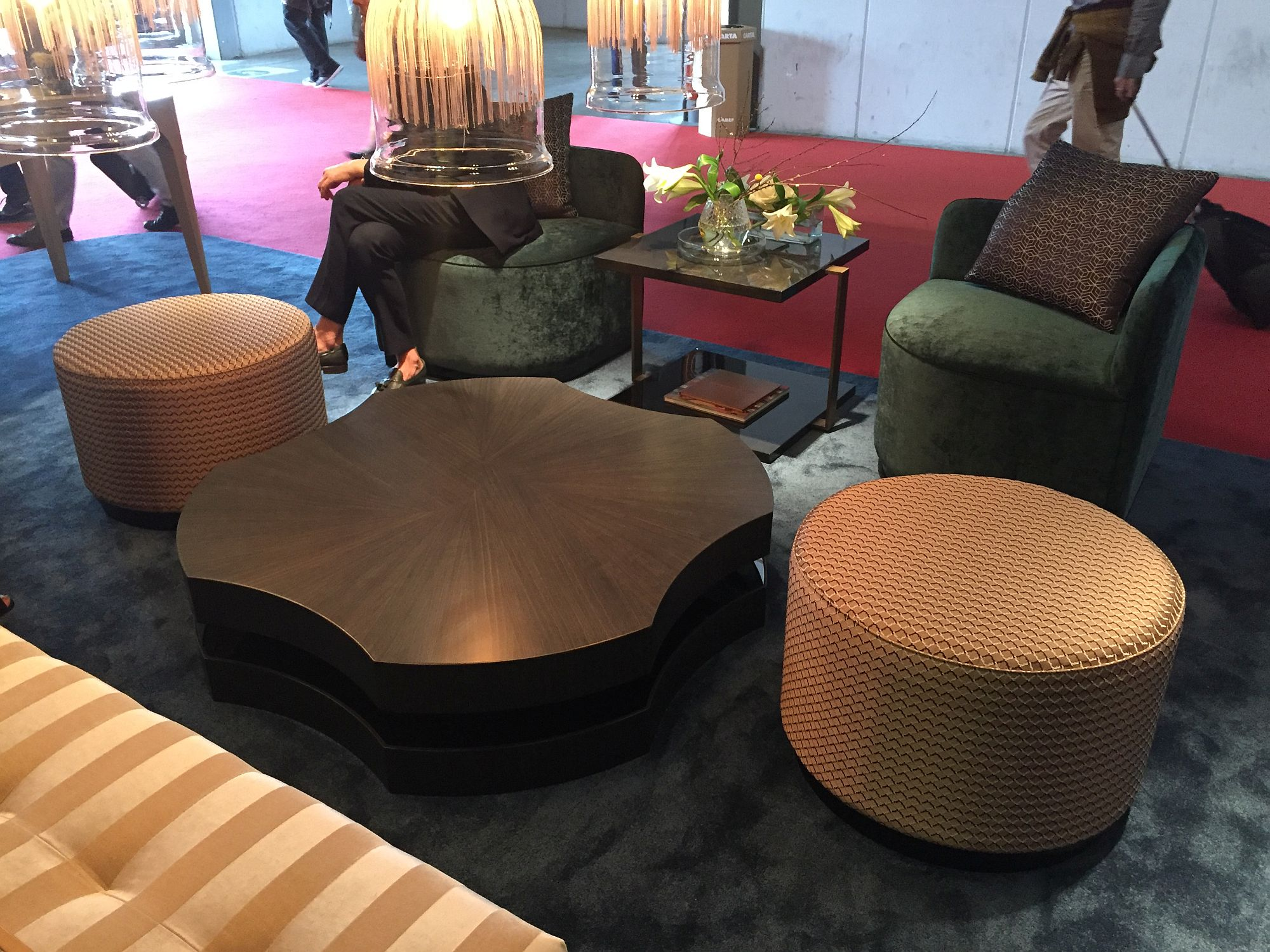 Smart and contemporary coffee table crafted by Luísa Peixoto Design