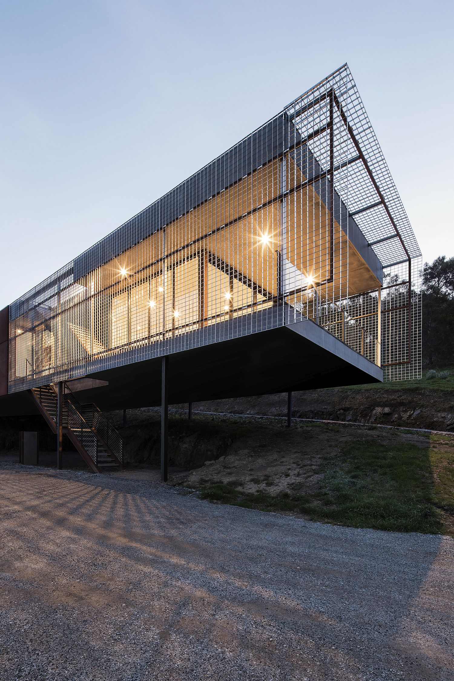 Smart design of the modern home on Mount Macedon causes minimal eco impact