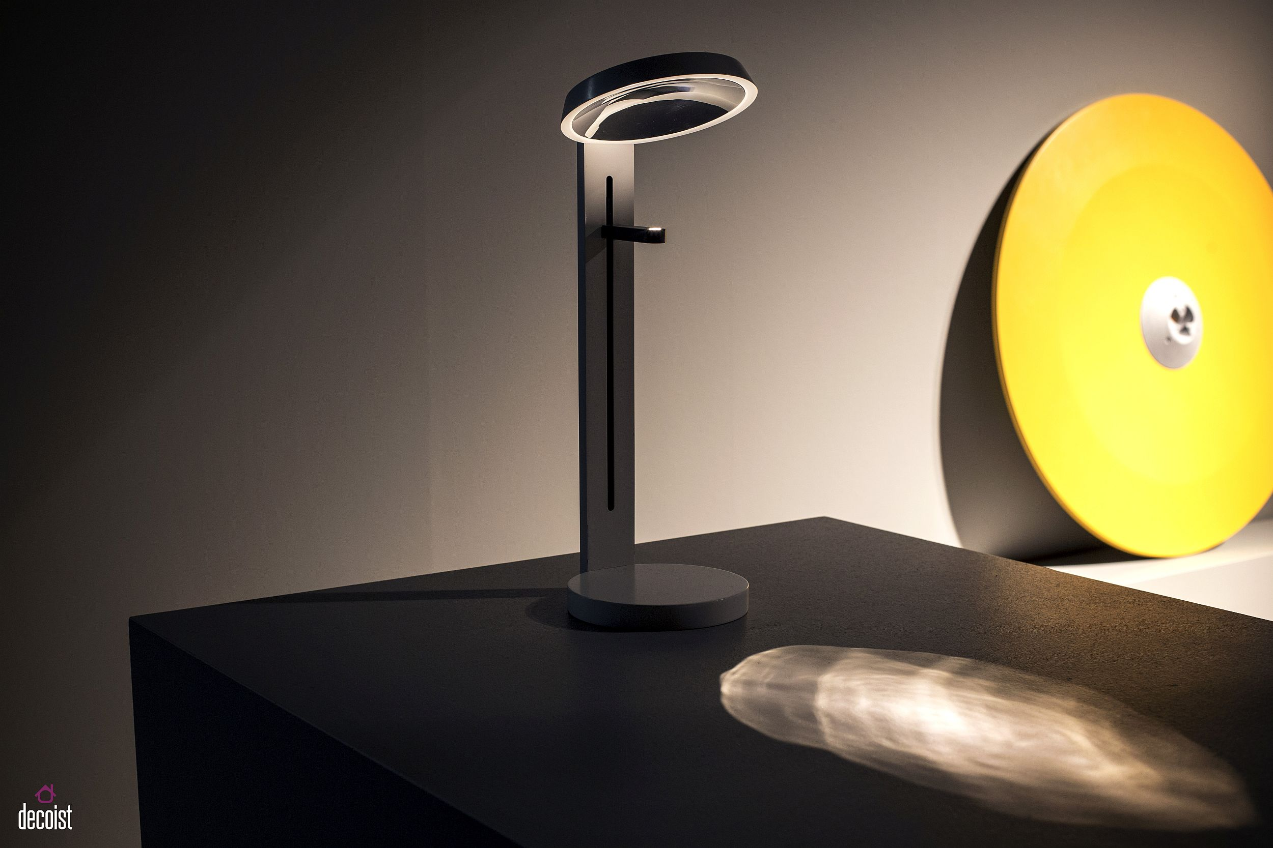 Super-sleek table lamp is both versatile and ultra-stylish