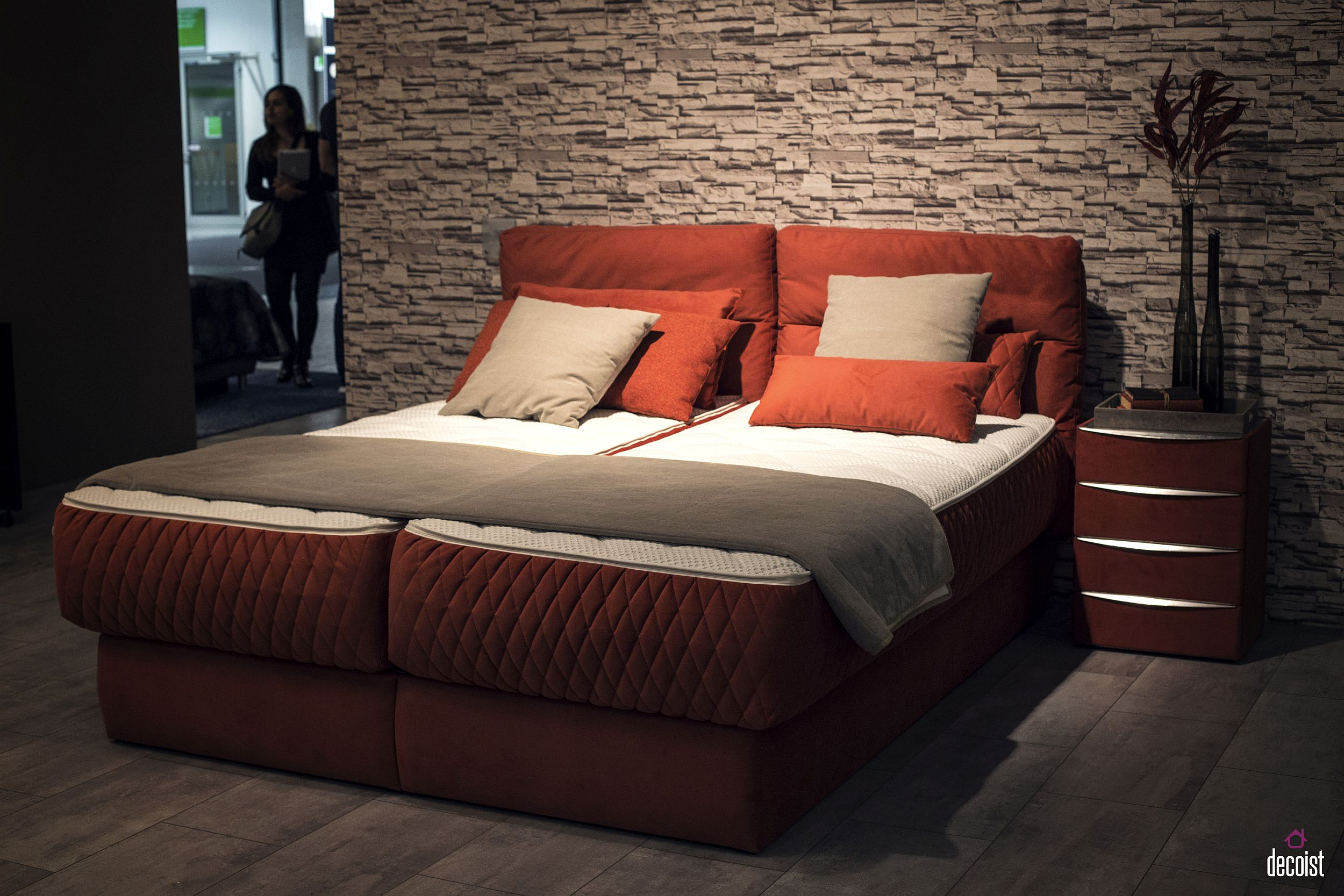 Uber-comfy-contemporary-bed-design-with-low-frame-and-brick-red-vibe