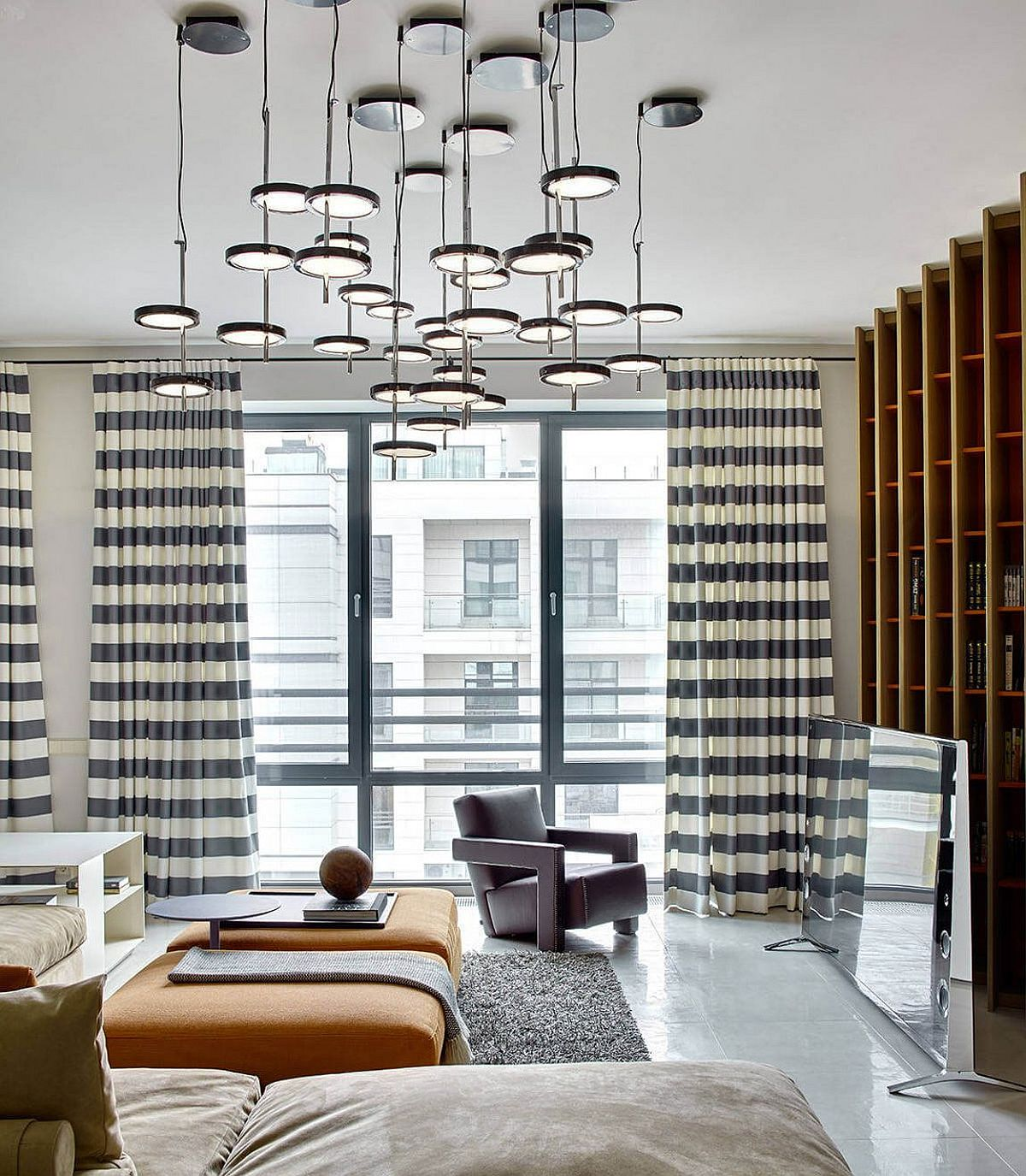 Apartment Rentals San Francisco Russian Hill: Black, White And Geometric Delight: Urbane Apartment In Moscow
