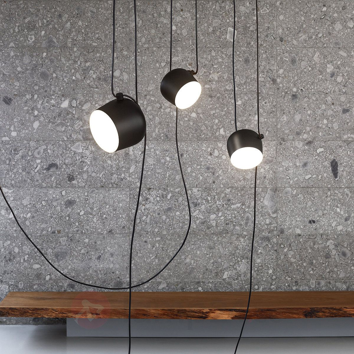 Versatile-and-flexible-AIM-Suspension-Light-designed-by-R