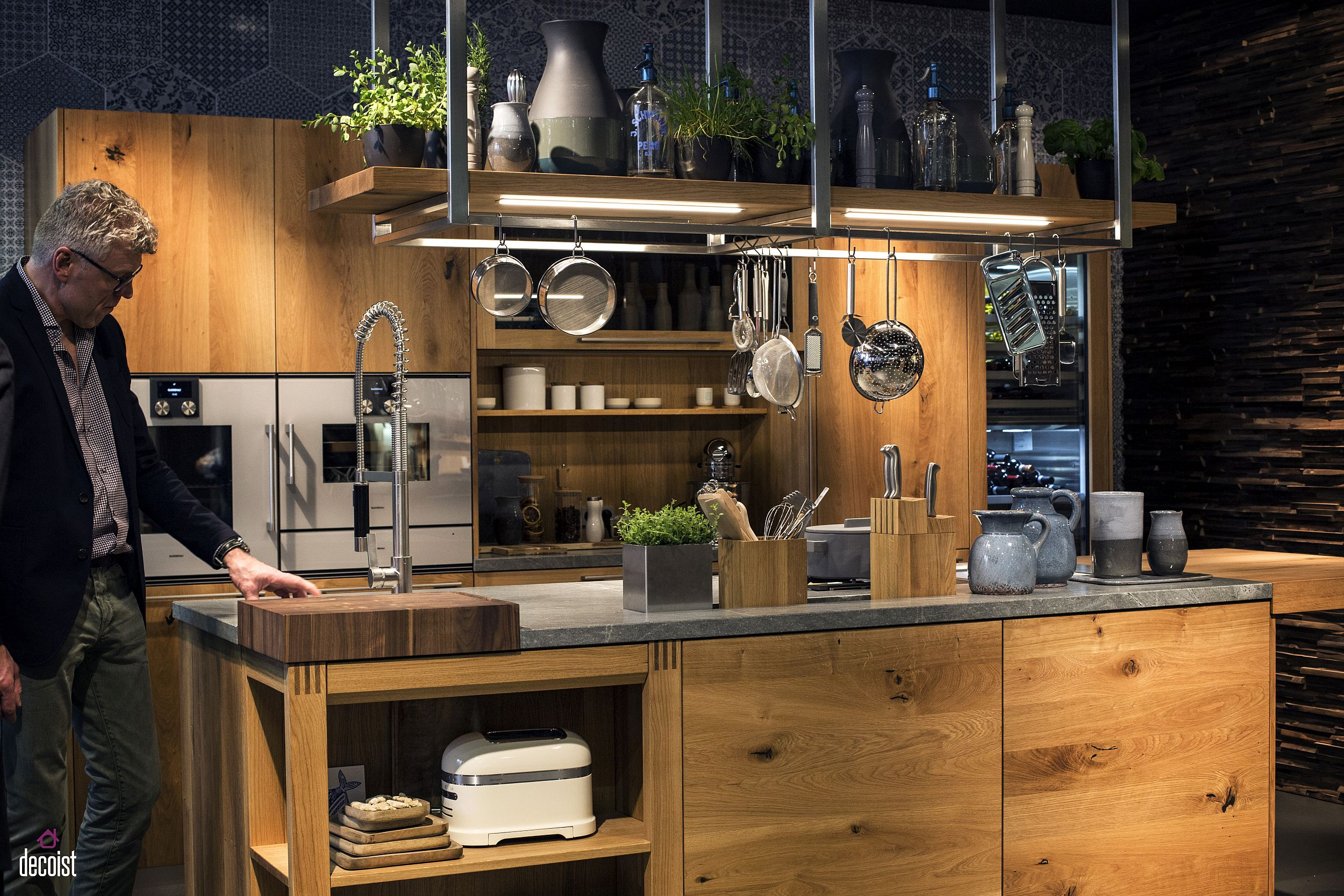 Wooden kitchen with a smart island and open shelves from Team7