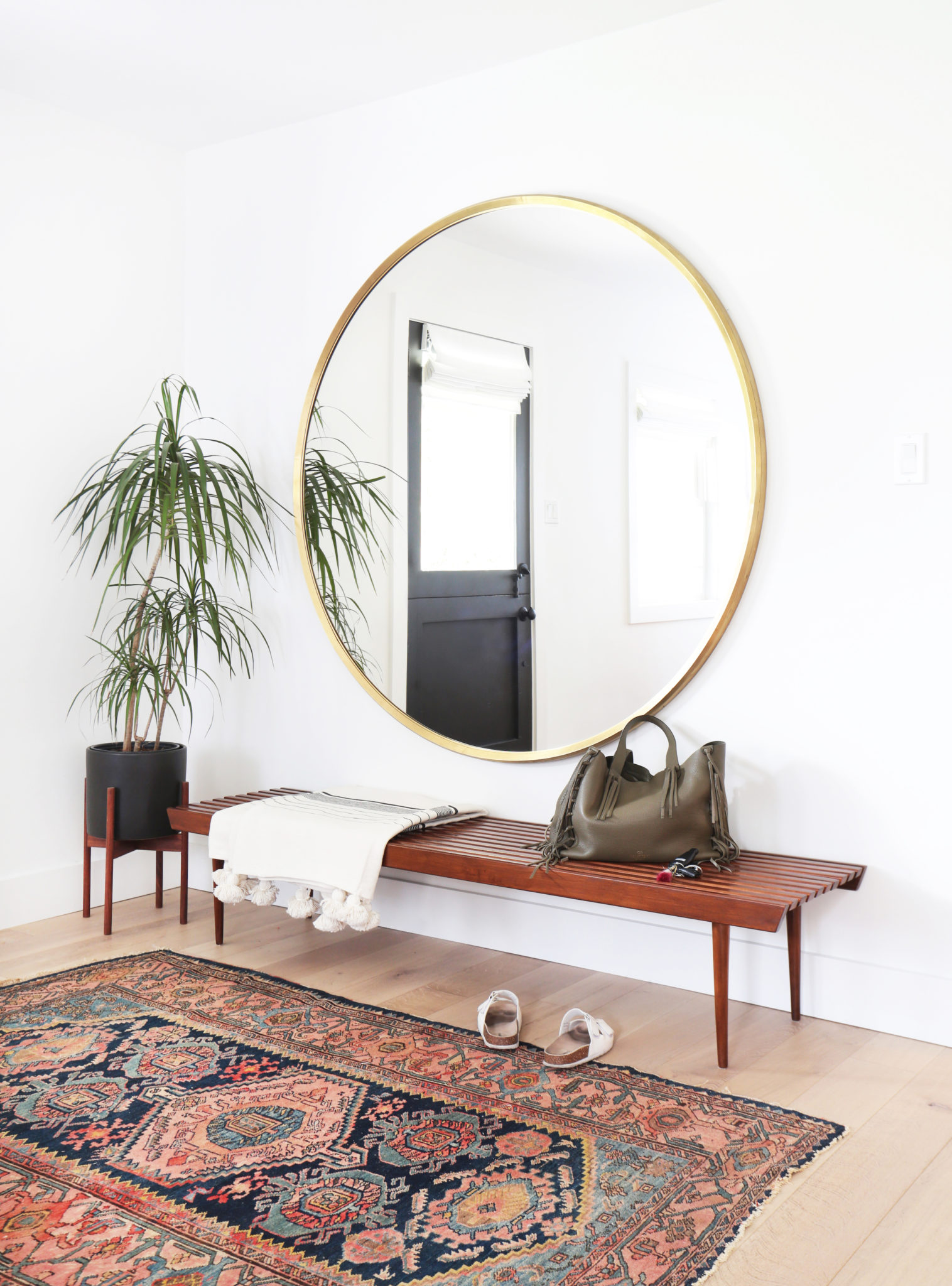 A-big-mirror-opens-up-the-entryway-