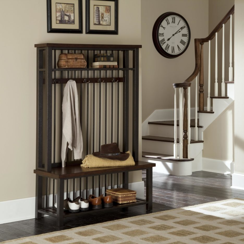 A-dark-wooden-wardrobe-in-a-simple-and-classic-entryway-