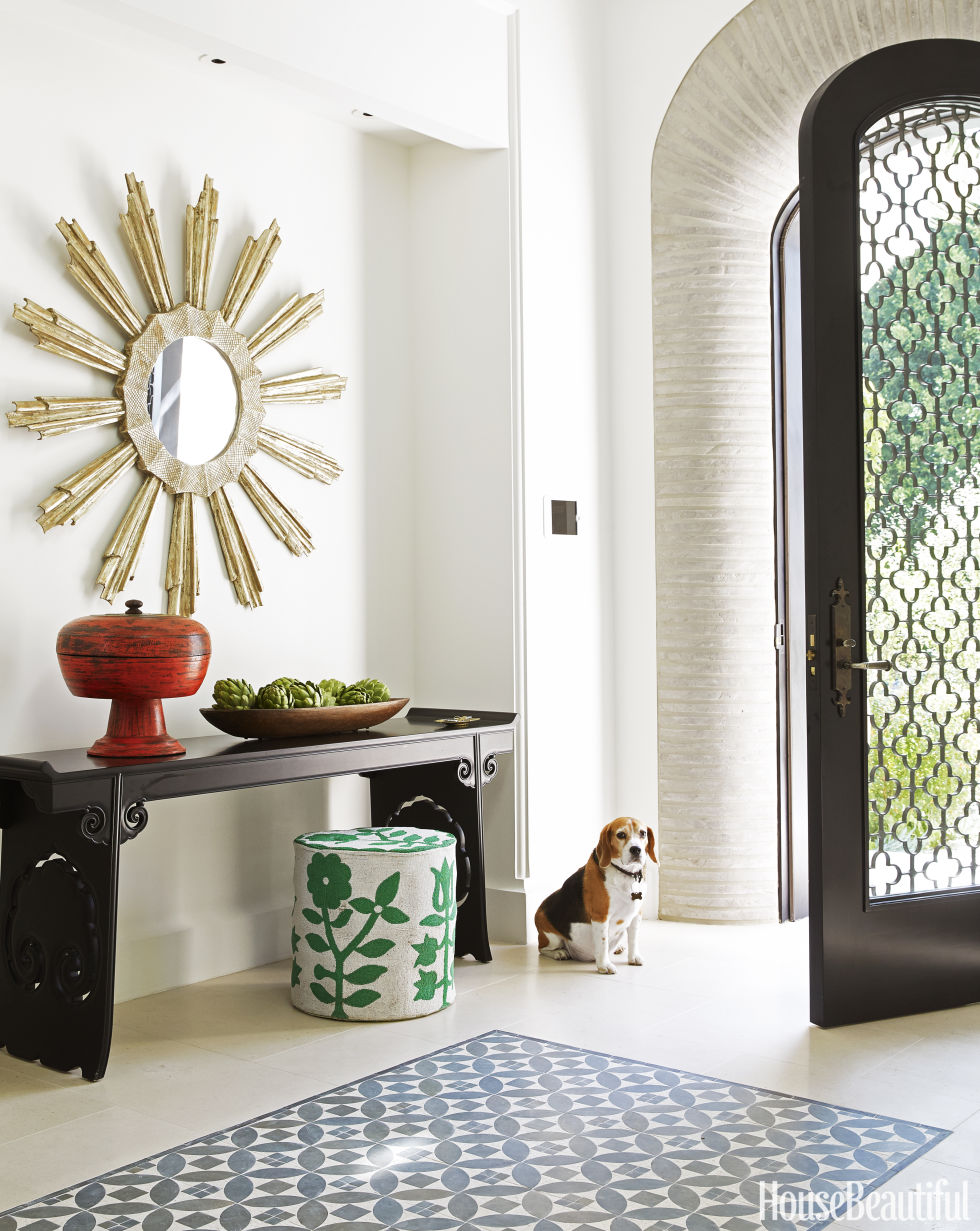 Ditch the clutter 30 minimalist entryways for House decoration pieces