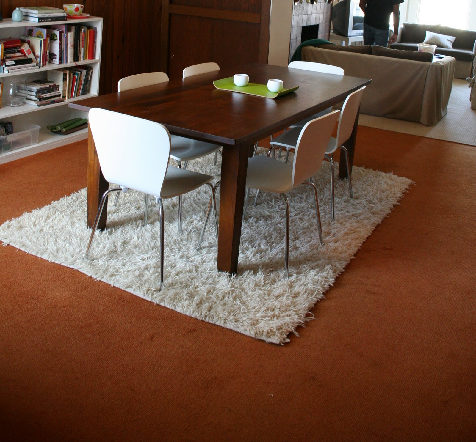 Rugs That Showcase Their Power Under The Dining Table - Dining table carpet mat