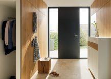 A-wide-entryway-with-simplistic-pieces-217x155