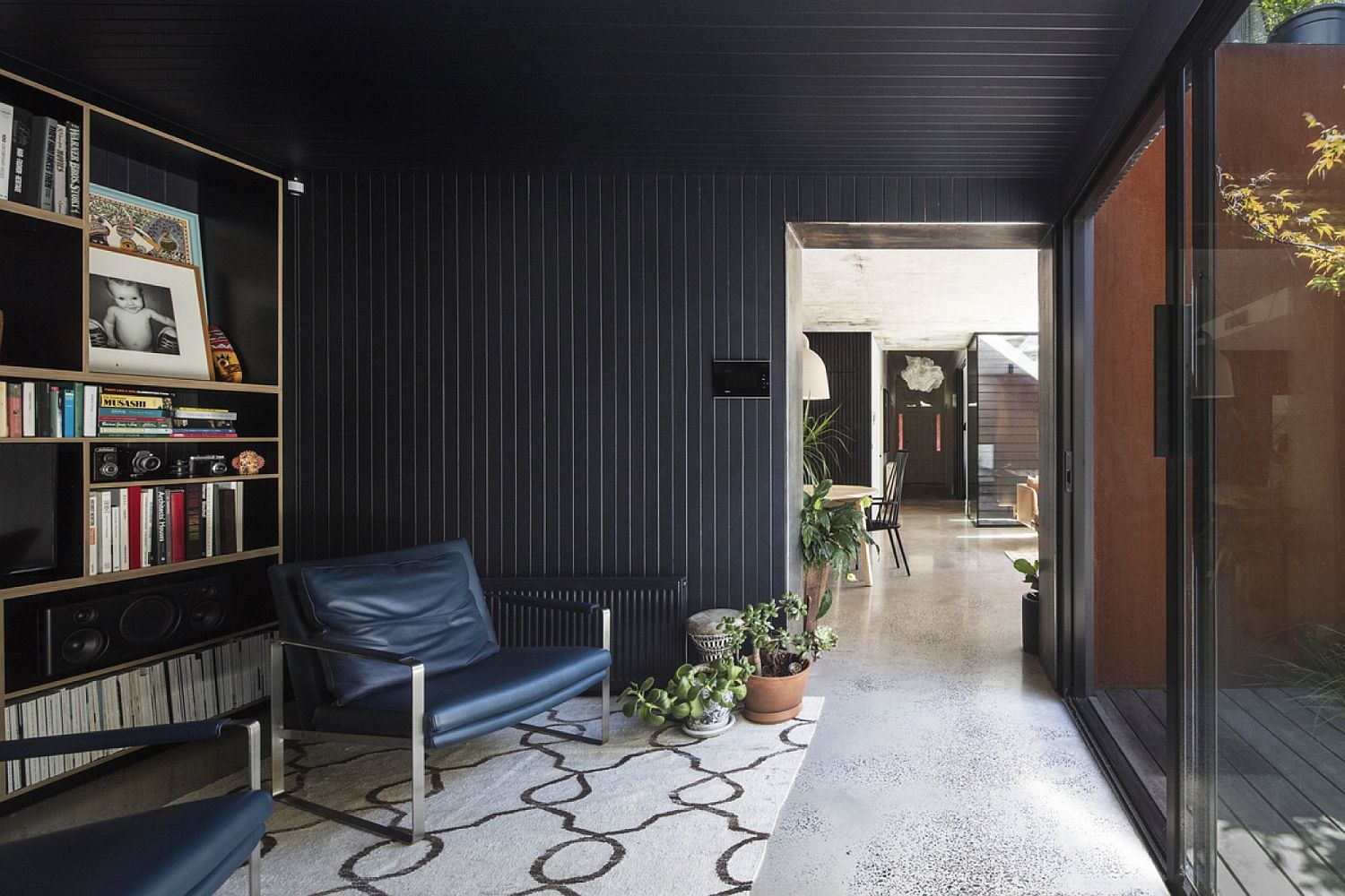 Black brings sophsitication to the home library and sitting room