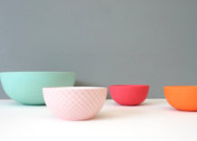 Bowl collection with modern style 217x155 3 Stylish Ways to Display a Collection