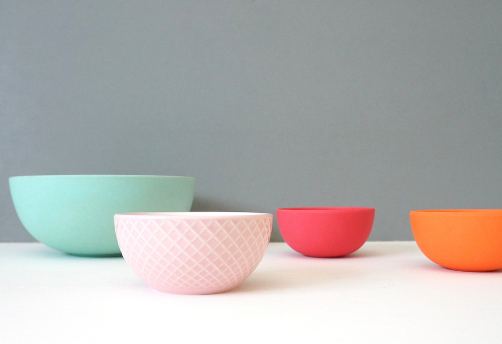 Bowl collection with modern style
