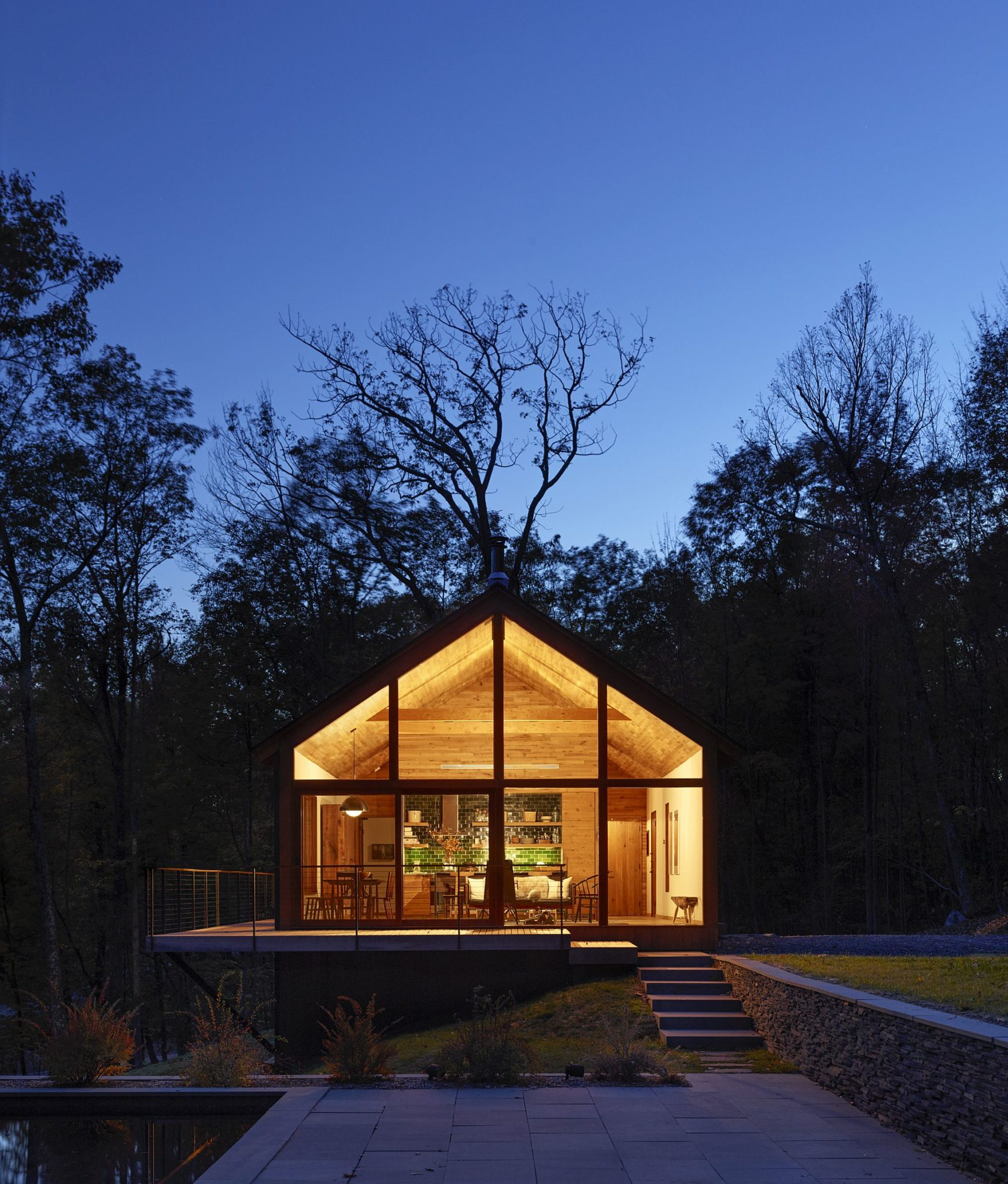Cabin-at-the-Hudson-Woods-after-sunset
