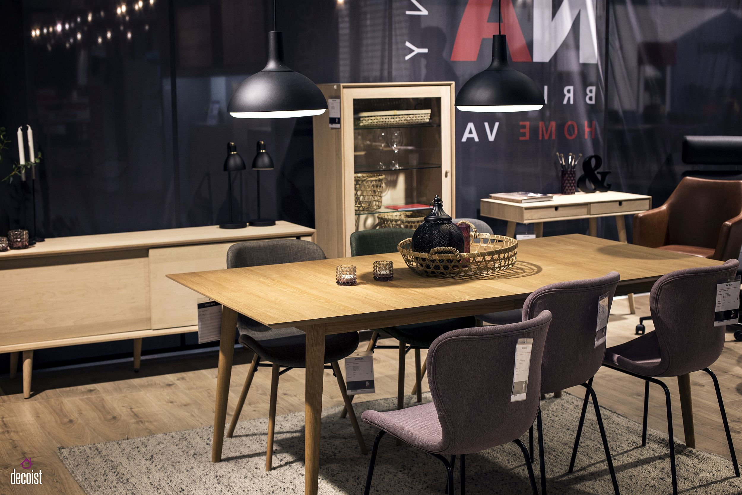 Combine-the-rectangular-wooden-dining-table-with-a-matching-sideboard-in-the-dining-space